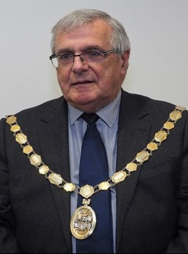 Councillor Les Cruwys chairman of the Council for 2019/20