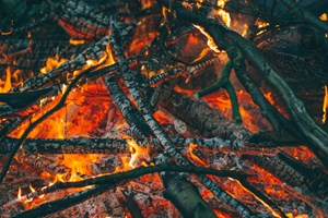 Council advises against lighting any bonfires during lockdown