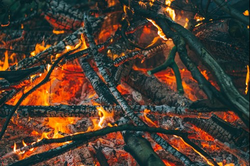 Stock image of a bonfire by Pexels from Pixabay